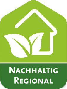 """Grünes Logo der Kampagne """"Nachhaltig regional"""". Darauf sind in Weiß die Umrisse eines Hauses und zweier Blätter eingezeichnet."""